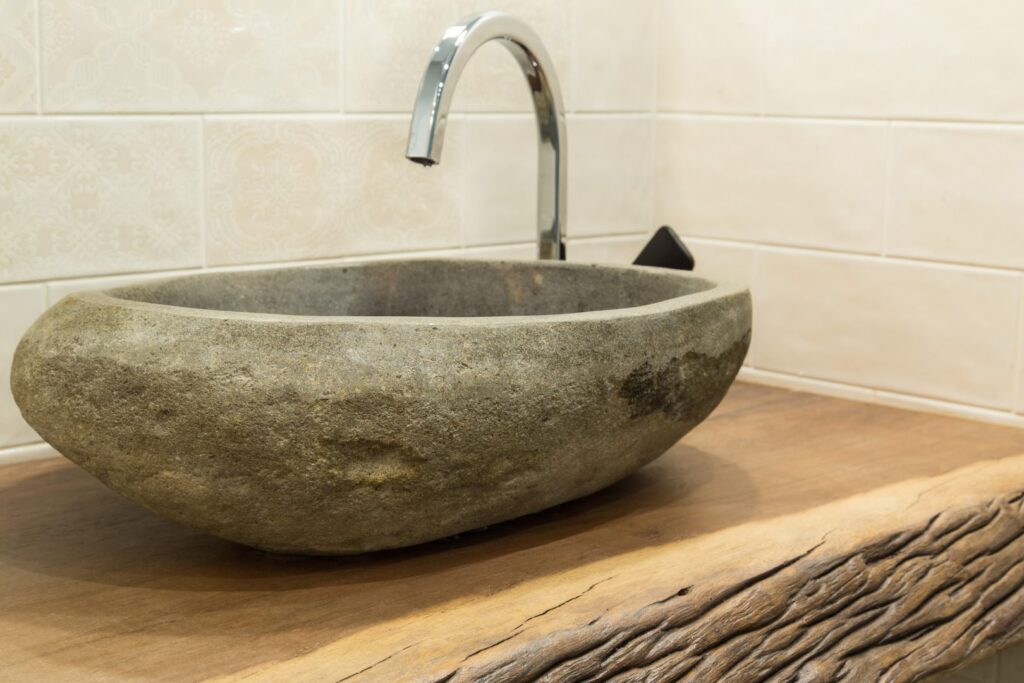 How to choose a new sink and faucet when renovating your bathroom