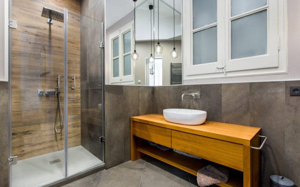Ducha o bañera ¿Qué escoger en la reforma de tu baño?