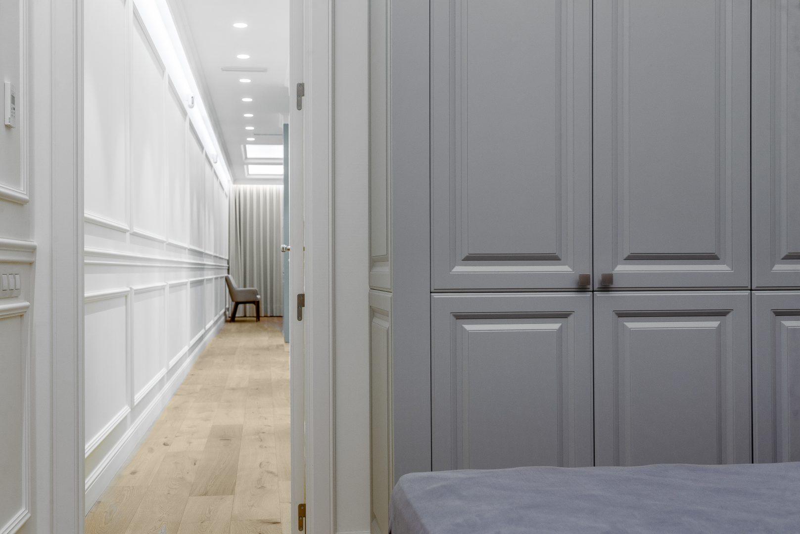 pasillo reforma piso clásico